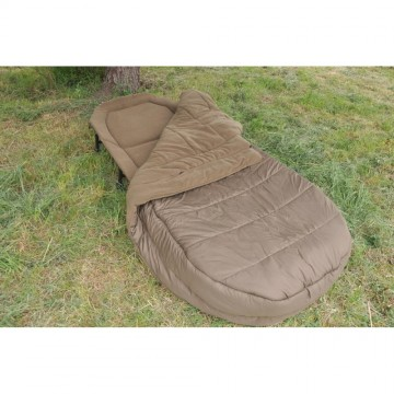 Шаранджийско легло с одеало CarpFocus Mirage